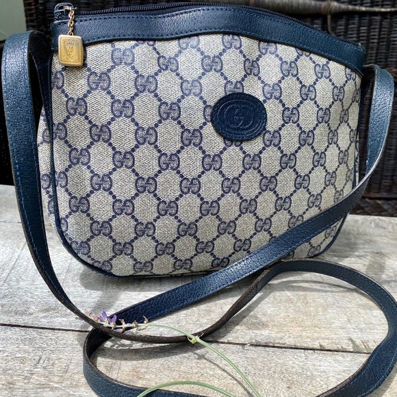 Gucci Handbags - Authentic Gucci Vintage Blue Crossbody Bag🌺